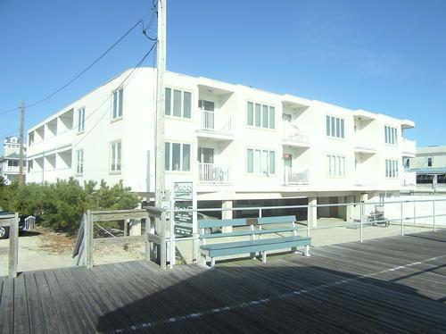 1401 Ocean Avenue 2nd, 1401 Ocean Avenue, Ocean City - Picture 1