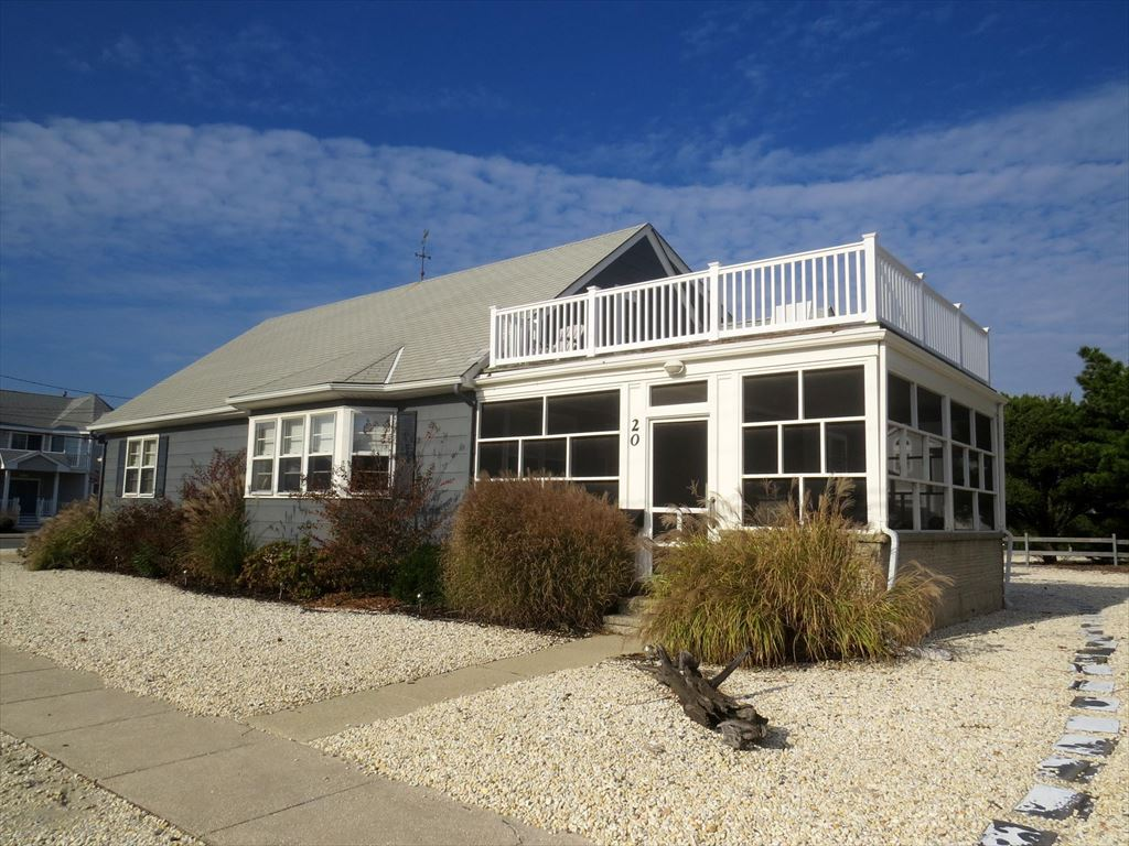20 94th Street, Stone Harbor (Beach Block) - Picture 2