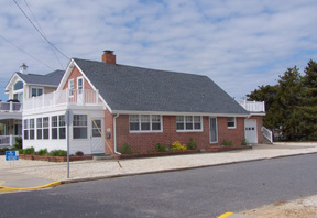 10517 First Avenue, Stone Harbor (Island) - Picture 2