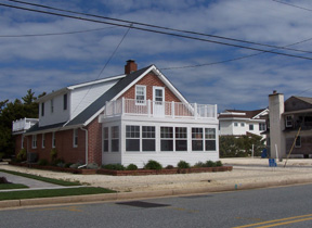 10517 First Avenue, Stone Harbor (Island) - Picture 3