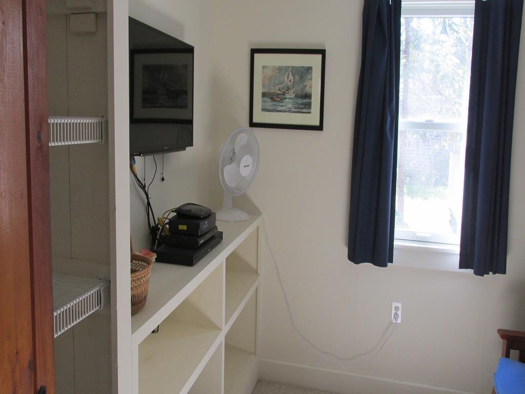 TV room with Futon