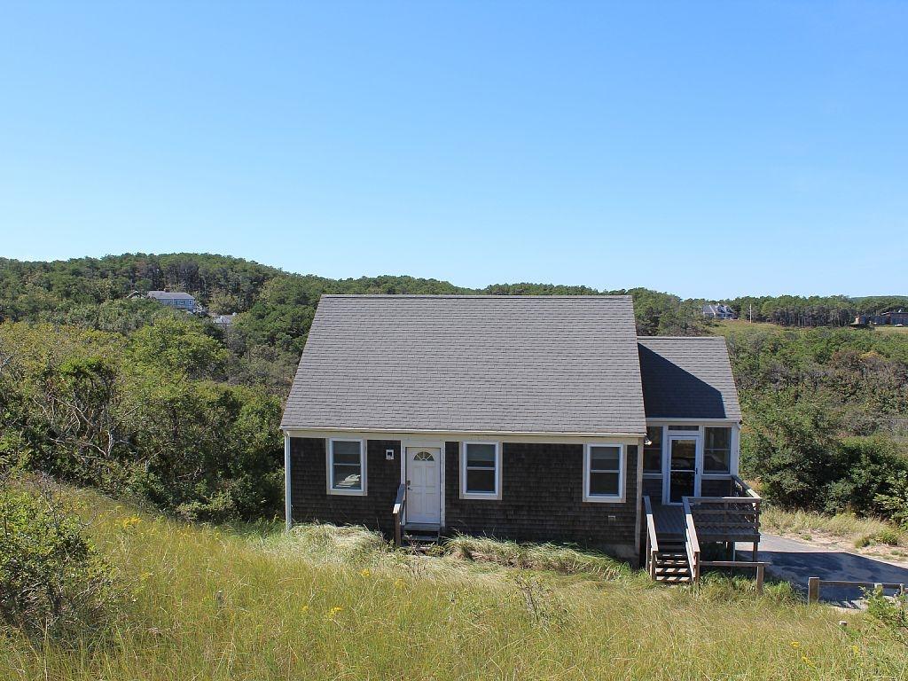 127 s pamet road b studio cottage truro ma for Cape cod cabin