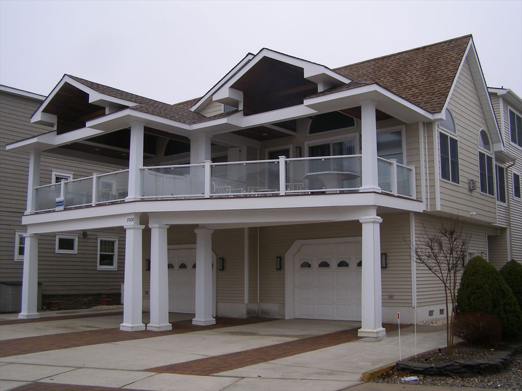 7008 Pleasure Avenue, Sea Isle City (Beach Block)