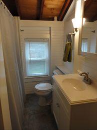 Second Floor Bathroom %352