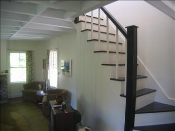 Stairs to 2nd floor bedrooms