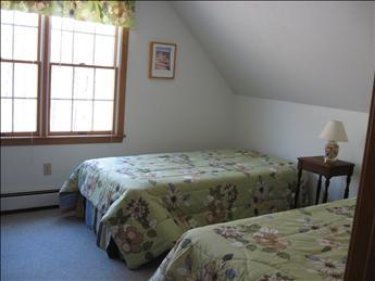 Second Floor Bedroom - Two Twins