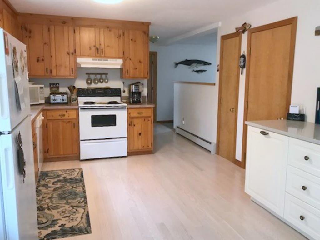 Kitchen to Den