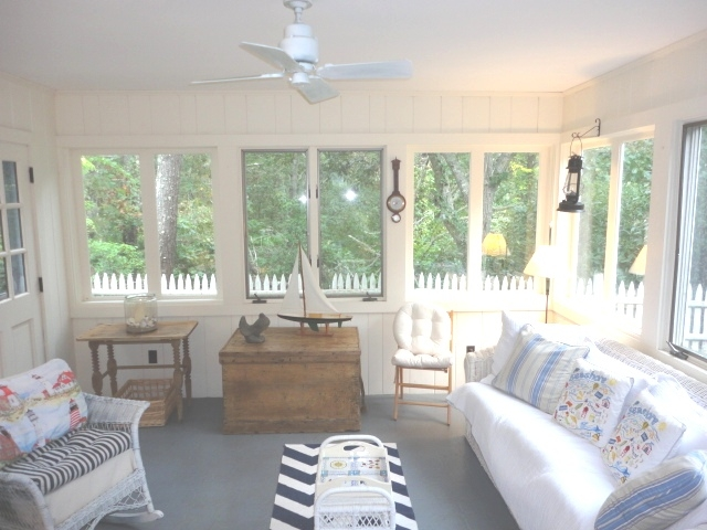 Airy sun porch