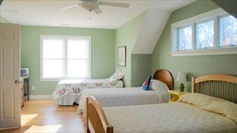 Second Floor Bedroom - 1 Double and 2 Twins