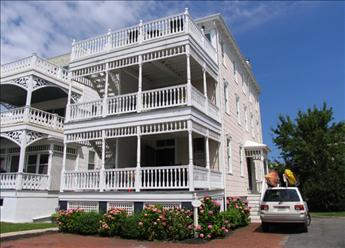 2 Atlantic Terrace- White Cottage, Cape May - Picture 1