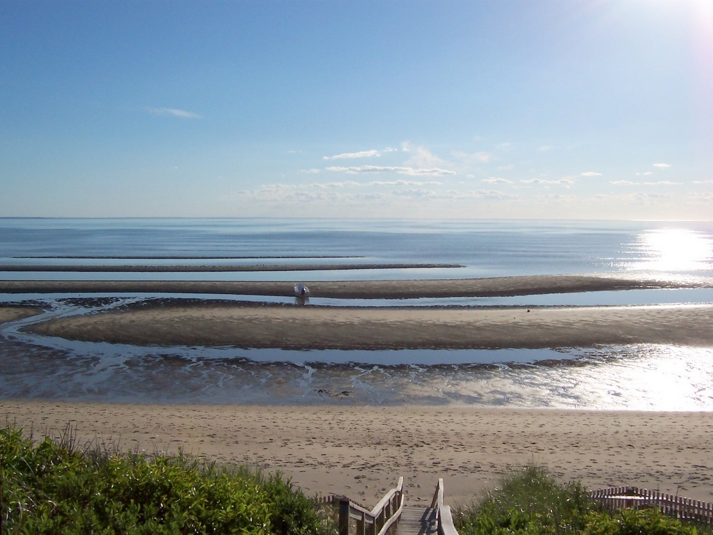 eastham chat This 3-bedroom vacation rental in eastham allows one pet of any size with a $250 refundable deposit.