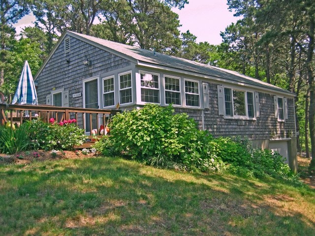 Miraculous 2211 State Highway Cottage 13 Eastham Ma Directions Home Interior And Landscaping Spoatsignezvosmurscom