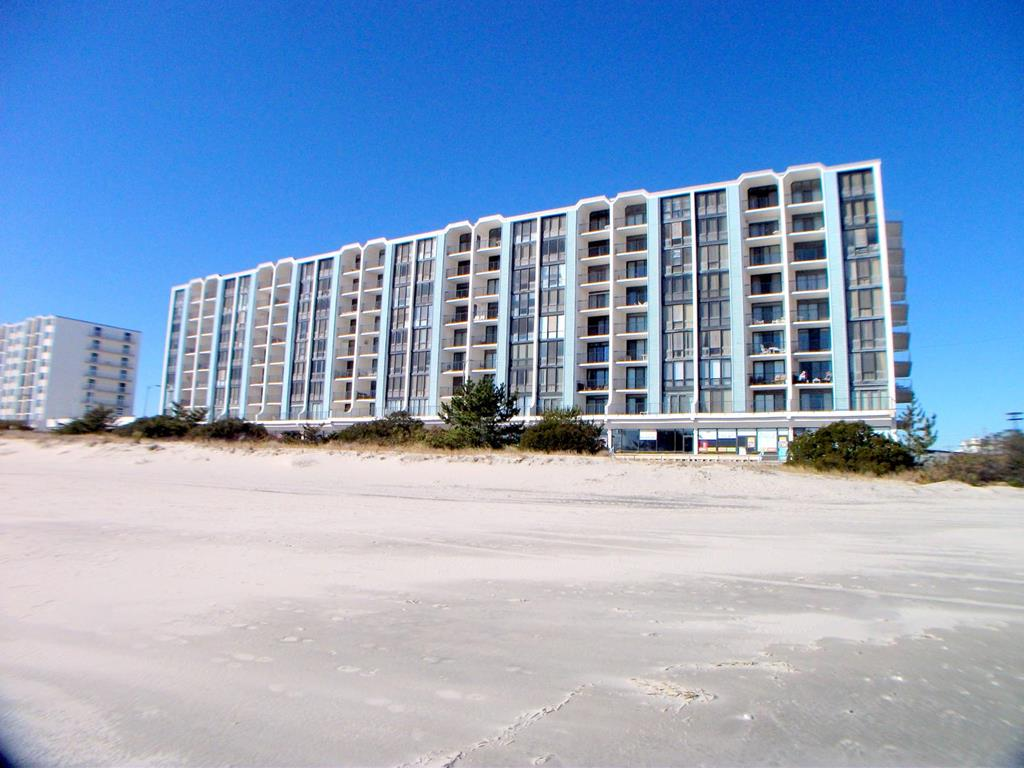 3500 Boardwalk Unit 715N