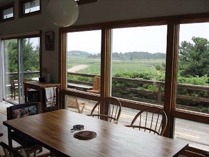 Dining With Marsh Views
