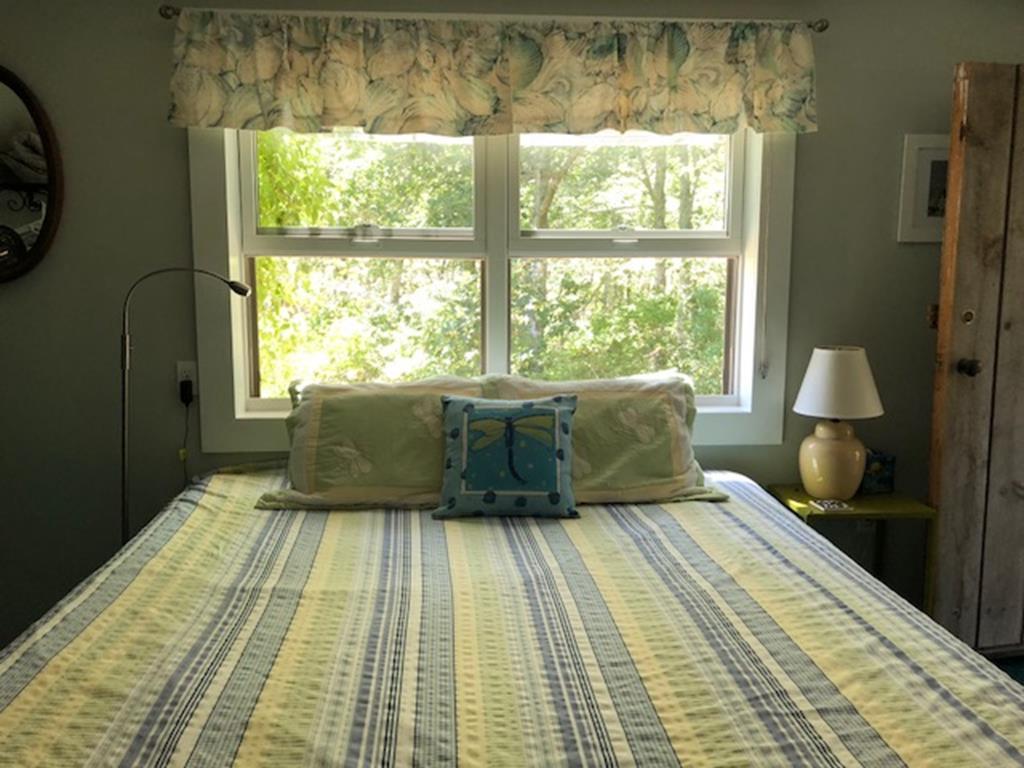 King bed On Main Floor