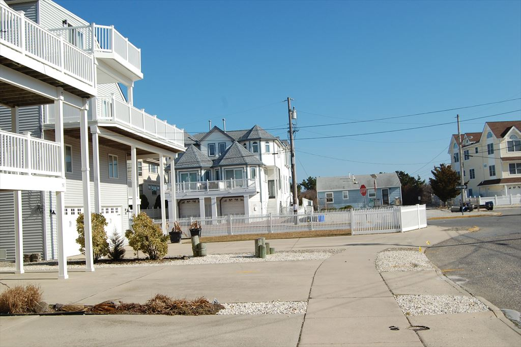 5 69th Street, Sea Isle City (Beach Block) - Picture 2
