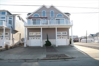 32 32nd Street, Sea Isle City (Beach Block)
