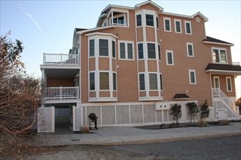 2501 Landis Avenue, Sea Isle City (Beach Front)