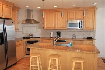 18 33rd Street, Sea Isle City (Beach Front) - Picture 7