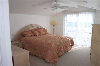 18 33rd Street, Sea Isle City (Beach Front) - Picture 8