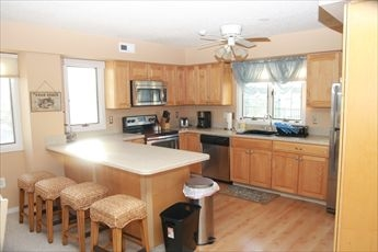 6315 Pleasure Avenue, Sea Isle City (Beach Front) - Picture 3