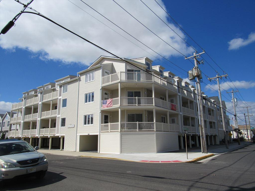 4400 Pleasure Avenue, Sea Isle City (Beach Block)