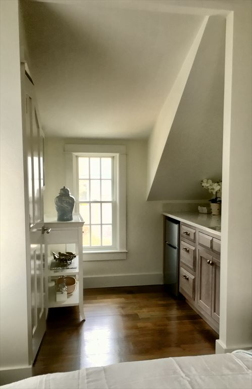 8 Derrymore Nantucket Ma Directions Maps Photos And