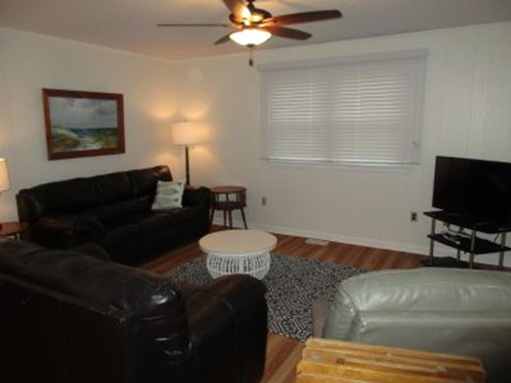 7505 Pleasure, Sea Isle City (Beach Front) - Picture 2