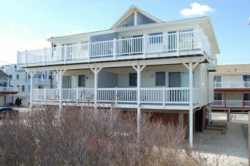 5118 Marine Place, Sea Isle City (Beach Front)