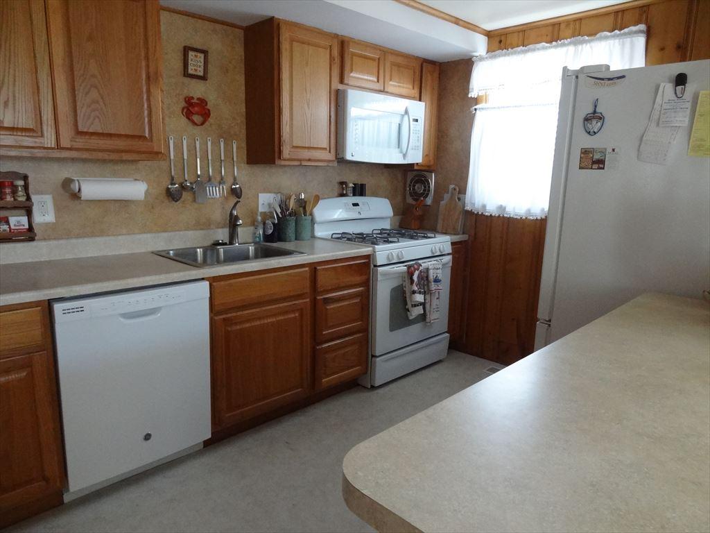 8410 Third Avenue, Stone Harbor (Island) - Picture 6