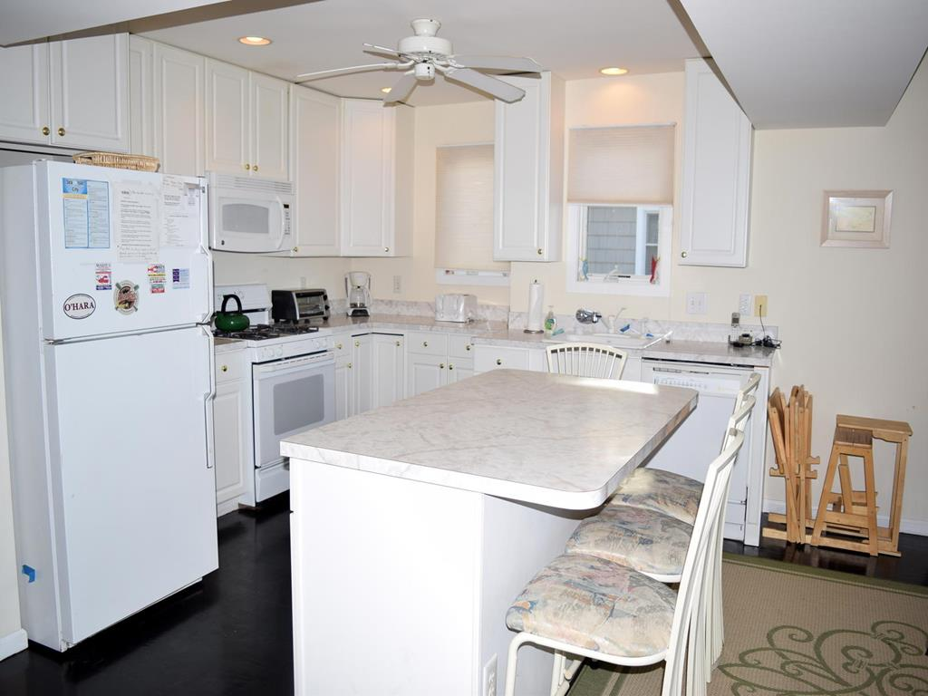 6505 Pleasure Avenue., Sea Isle City (Beach Front) - Picture 4