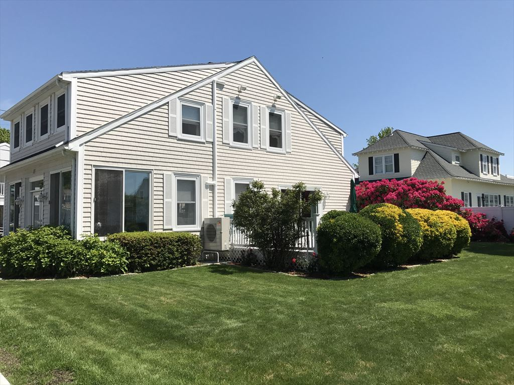 77 Grand Ave - Falmouth, Vineyard Sound