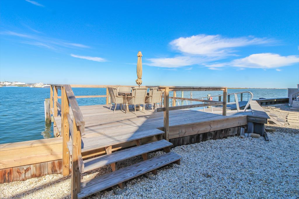 9411 Sunset Drive, Stone Harbor (Bay Front) - Picture 15
