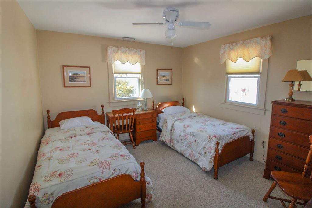 11007 Third Avenue, Stone Harbor (Island) - Picture 8