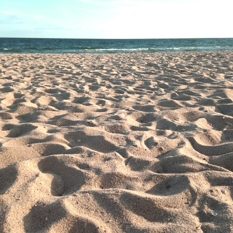 WARM WATERS OF NANTUCKET SOUND just a stroll away ....t!