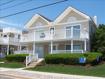 9501 First Avenue, Stone Harbor (Island) - Picture 2