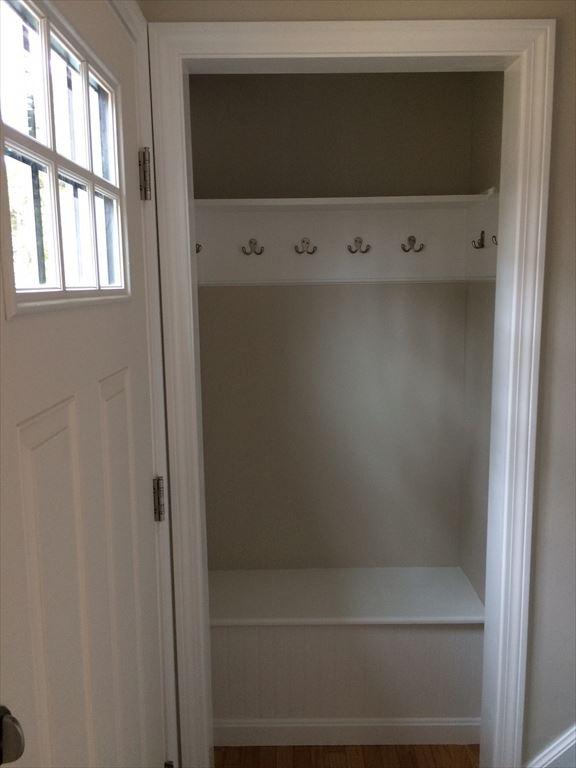Living Room Closet/Mud area