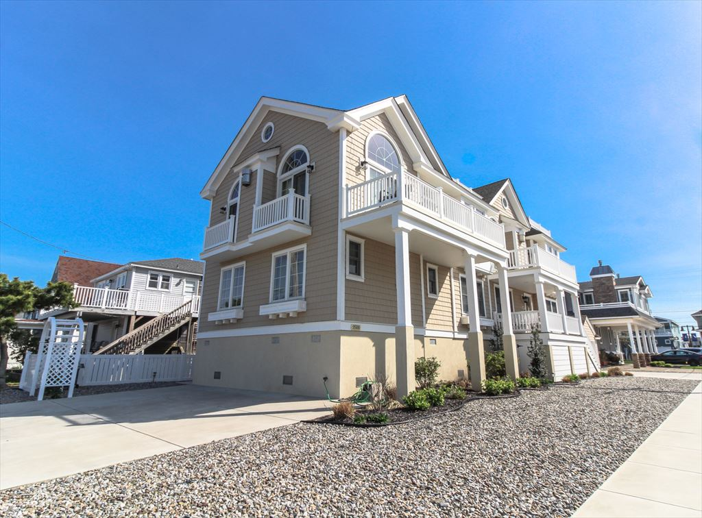 9500 Sunset Dr., Stone Harbor (Island) - Picture 1