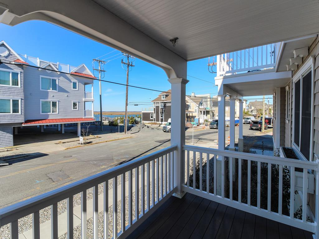 9502 Sunset Drive, Stone Harbor (Island) - Picture 2