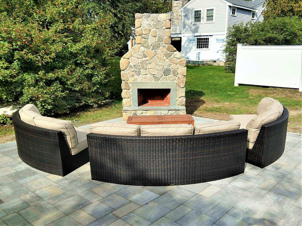 BRAND NEW OUTDOOR FIREPLACE AND PATIO!