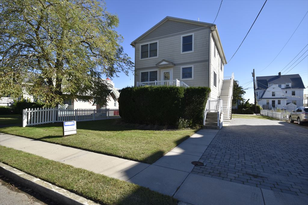 906 Stockton Avenue, Cape May - Picture 1