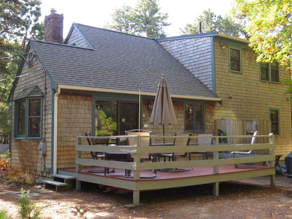 Deck and Private Yard