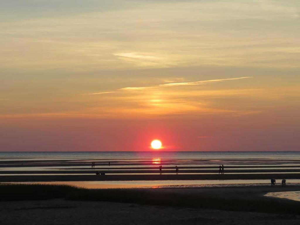 Bayside Beach Sunset