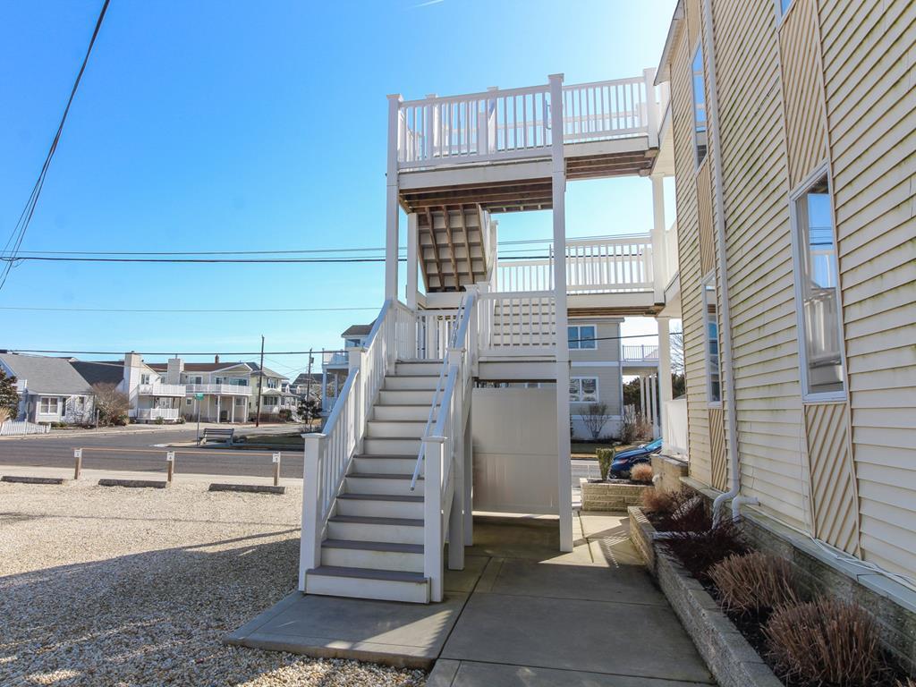 8811 Third Avenue, Stone Harbor (Island) - Picture 6