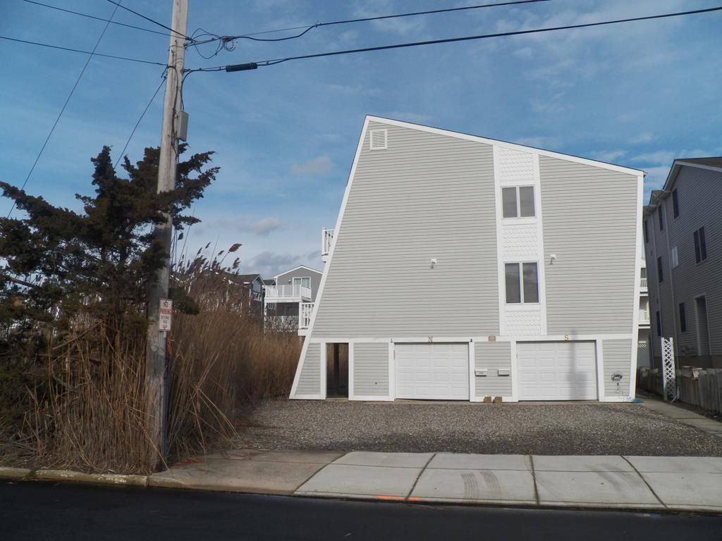 225 81st, Sea Isle City (Bay Front)