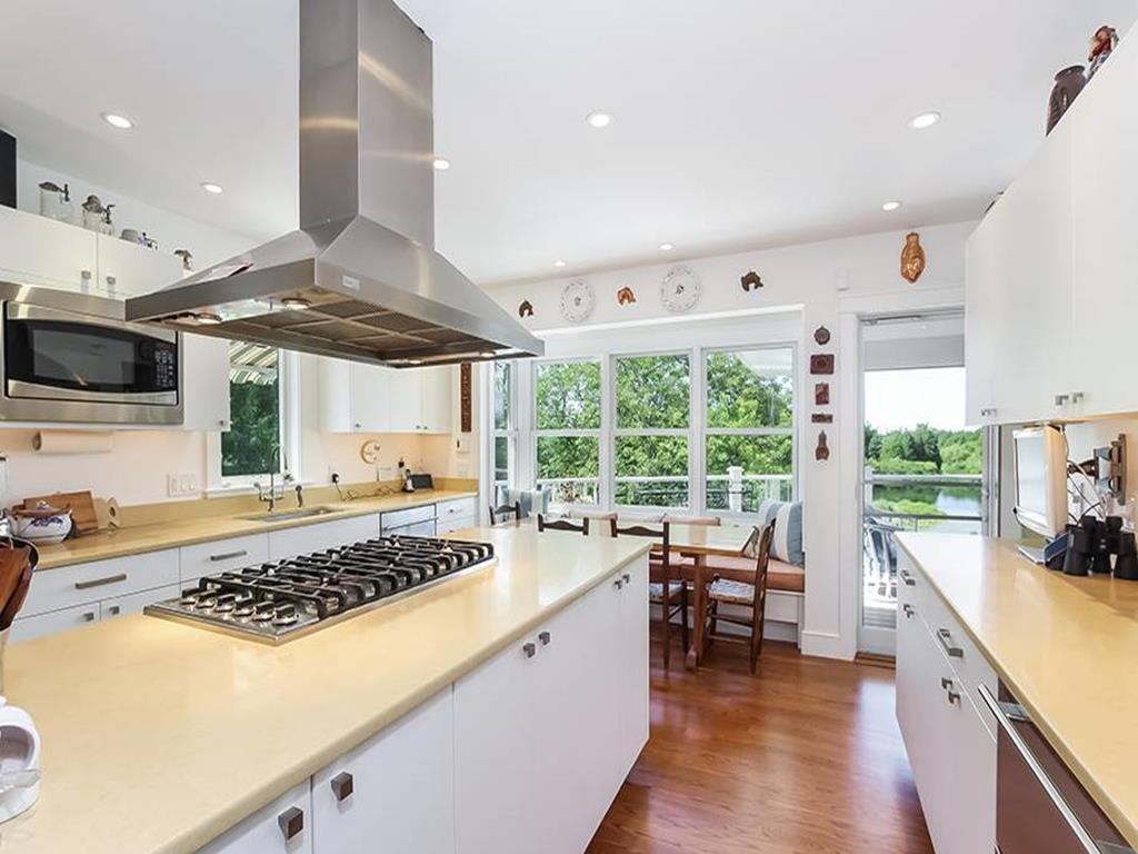Large kitchen with top of the line appliances.