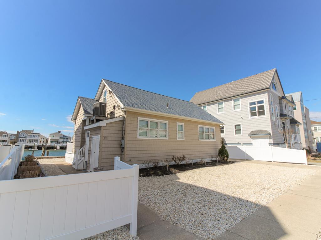 311 84th Street, Stone Harbor (Bay Front) - Picture 2