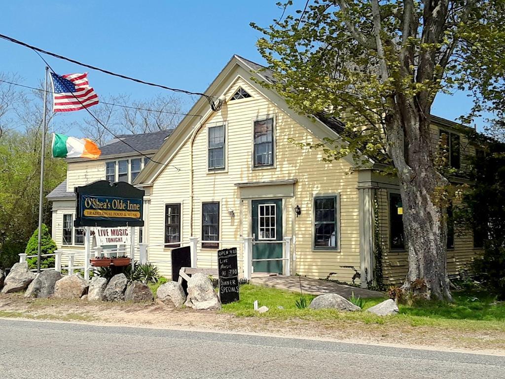 Landmark restaurant on Route 28