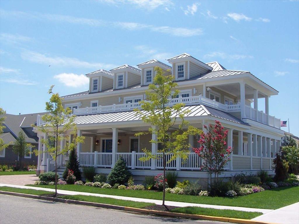 11900 Third Avenue, Stone Harbor (Island) - Picture 1