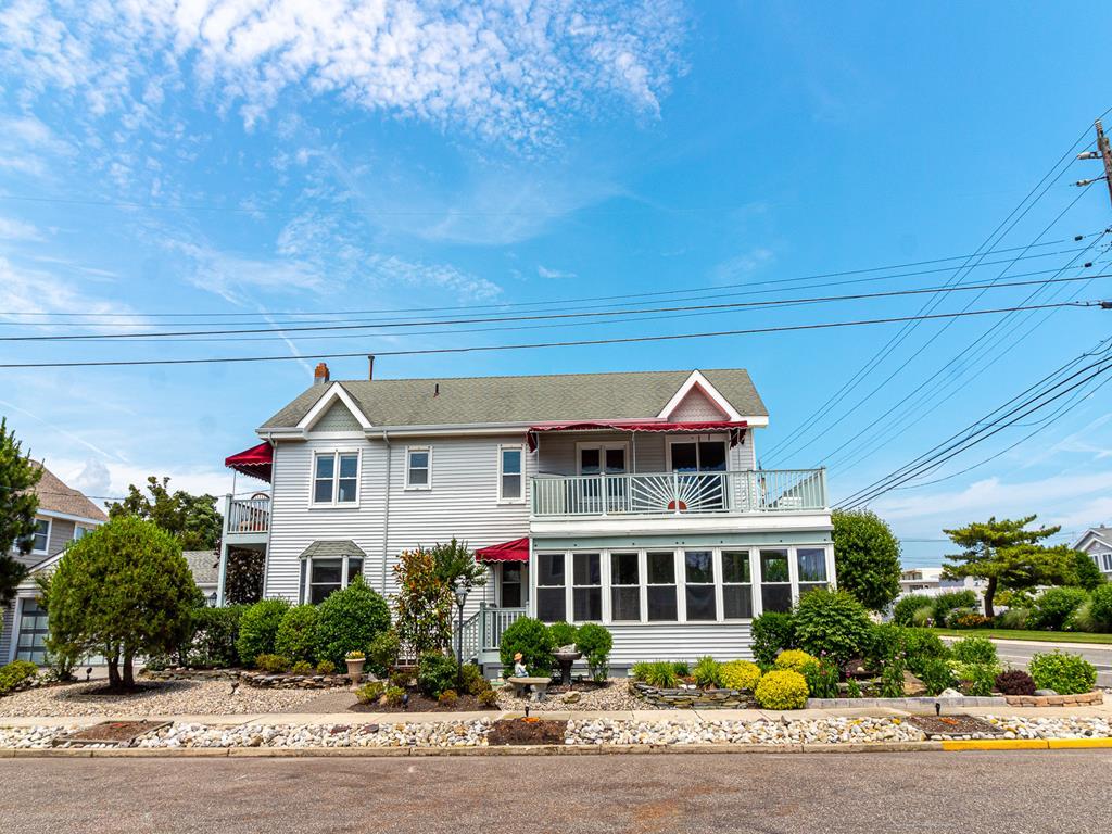 9915 Second Avenue, Stone Harbor (Island) - Picture 1